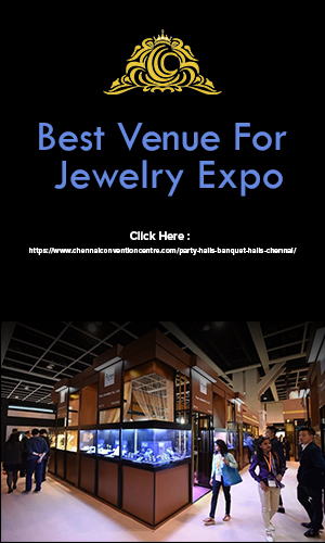 Customers visiting the jewelry expo being conducted at one of the best venues in Chennai.